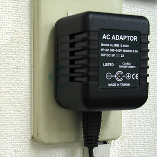 AC100Vで電源供給